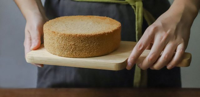 Cake Making: 5 Essential Steps and the Science Behind Them
